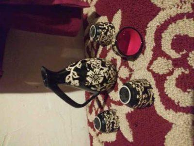 4 peace black and white tea set