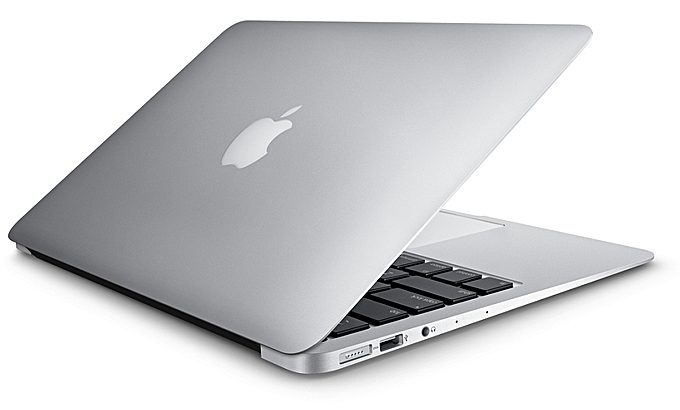 Apple Macbook Air 13.3 Inches 8GB RAM 256GB