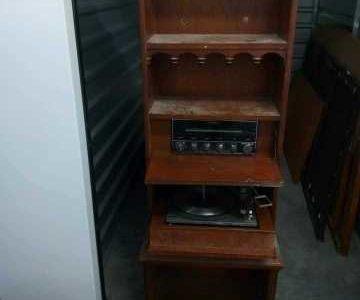 vintage G.e.electrinic radio/record player stand