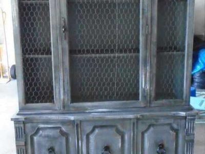 Farmstyle china cabinet/hutch