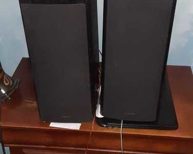 2 Onyko Speakers