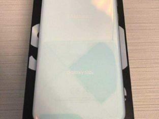 brand new Samsung Galaxy S10e