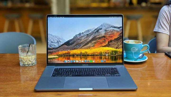 apple MacBook pro 8gb ram 512gb rom