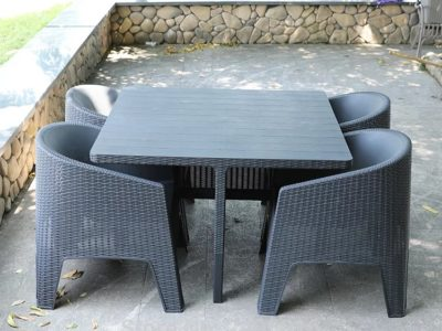 4-seater-resin-non-metallic-frame