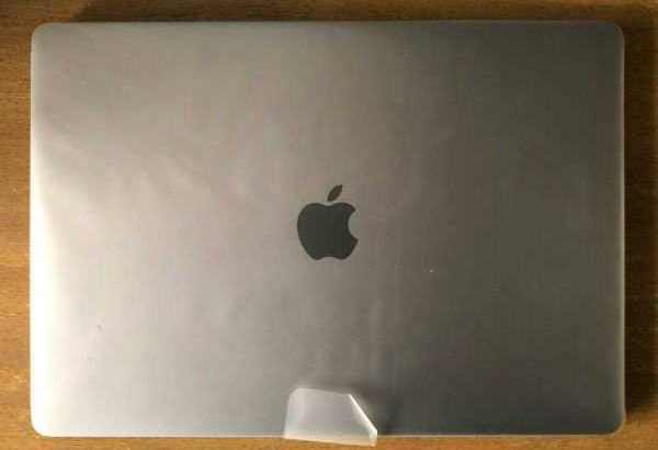 NEW Apple MacBook Pro – still wrapped,
