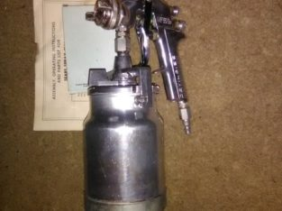 Pro DeVilBiss AIR Sprayer' 1.3mm Tip. New Condition $   65.00