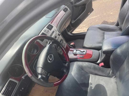 2017 Lexus rs 530