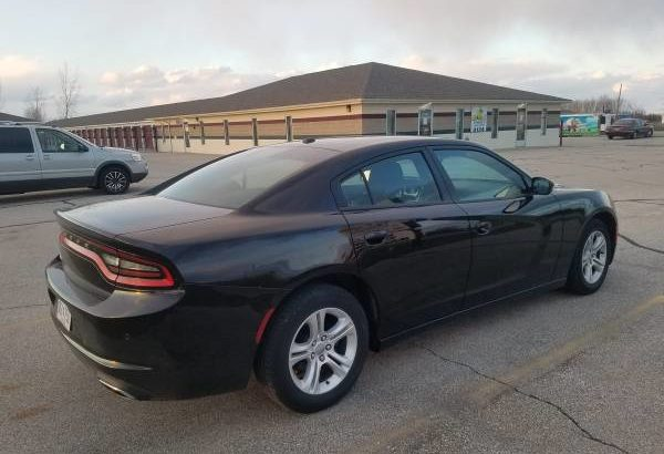 2015 Dodge Charger SE, 292 horse power 3.6 litre