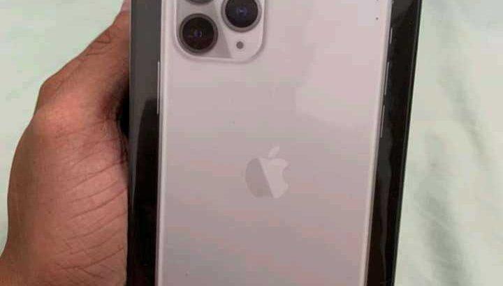 brand new iPhones original