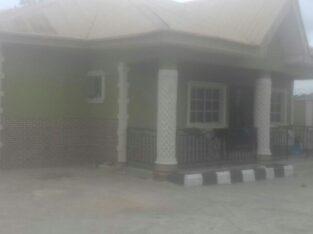 4 bedroom flat bungalow