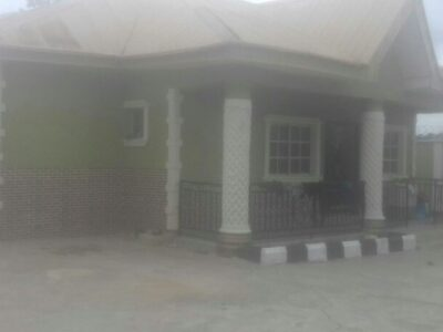 4 bedroom flat bungalow