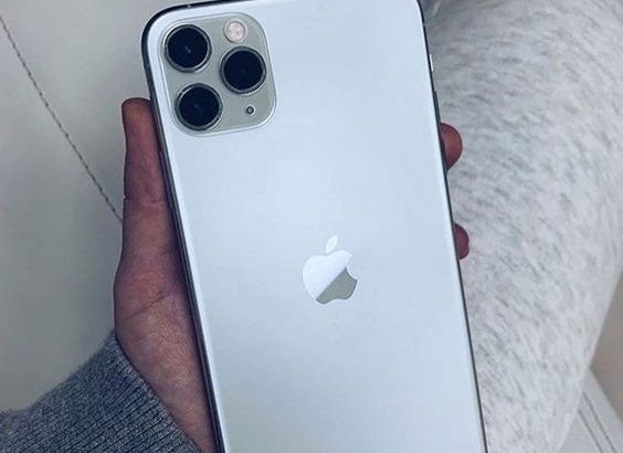 ANY TYPE OF IPHONE AT SAWLECTRONICS