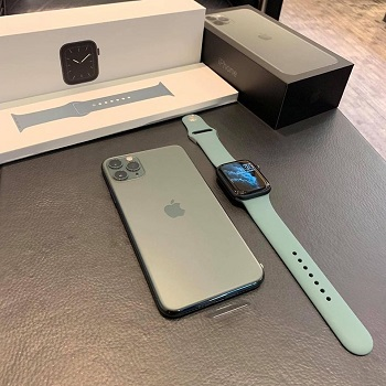 Apple Iphone 11Pro Max 512gb /Apple watch series 5