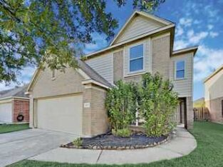 4919 Dappled Grove Trl Humble, TX 3beds.     2.5 baths.      2,695sqfr