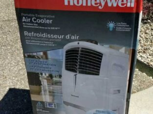 Honeywell CL30XCWW Indoor Portable Evaporative Air Cooler. Area up to 320 Sq ft
