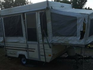 1990 SunLite pop up camper