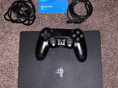 PlayStation 4 slim gaming Console