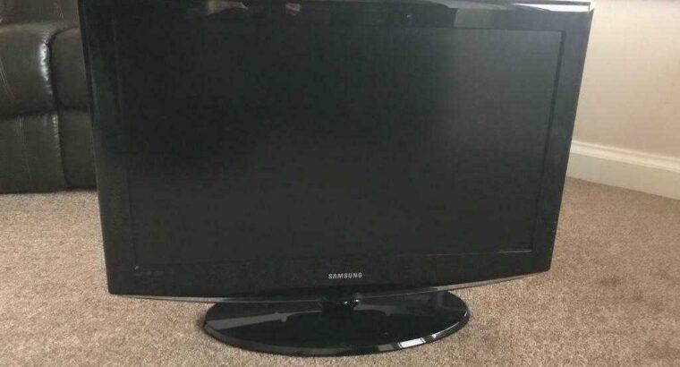 Samsung TV 32 inch still available