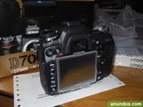 Nikon D700 12MP DSLRcamera
