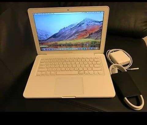 Apple MacBook White 13″ MC516LL/A 250GB HDD Intel 2.40GHz 4GB LATEST MAC OS 2017