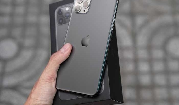 Unlocked Apple iphone 11 pro max
