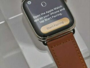 Apple Watch Series 5 Stainless 44MM GPS Cellular