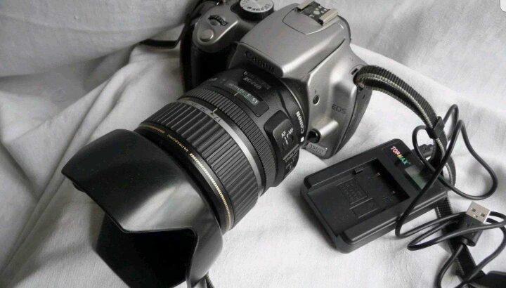 Canon EOS 20D 8.2MP Digital SLR Camera – silver 17-85mm Lens   C15