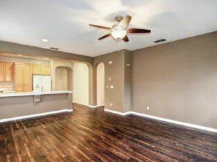 3bedroom 2 bath single family home
