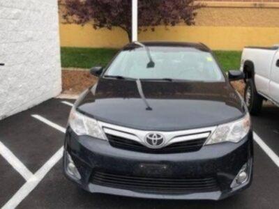 2013 Toyota Camry Black XLE