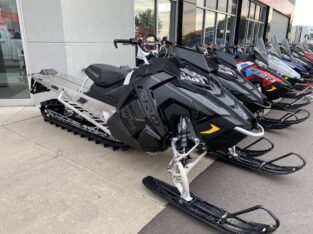Polaris PRO-RMK 163 The Ultimate Mountain Sled