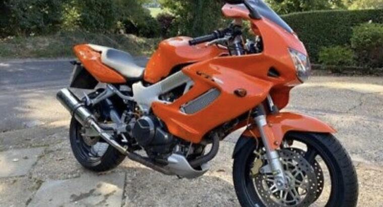 Honda VTR 1000 F Motorcycle
