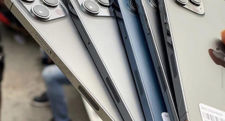 Apple iPhone 12 Pro Max 128/256/512GB Unlocked Pack
