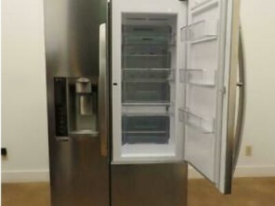 LG LSXS26366S 36″ Side by Side Refrigerator with 2