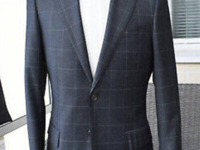 Suitsupply, grey suit with a waistcoat, size 38, s