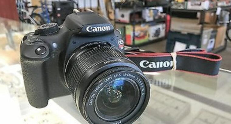 MINT Canon Rebel T5 SLR Camera w/ EF-S 18-55mm IS