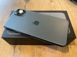 AVAILABLE FOR SALE BRAND NEW UNLOCKED APPLE IPHONE