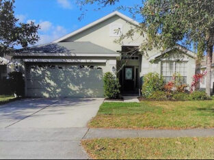 3 bed 2 bath Single family home for rent