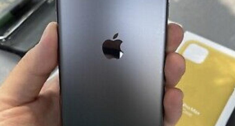 Apple iPhone 11 Pro Max – 256GB – Space Gray Unloc