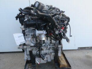 2017 Volvo V60 Engine Assembly